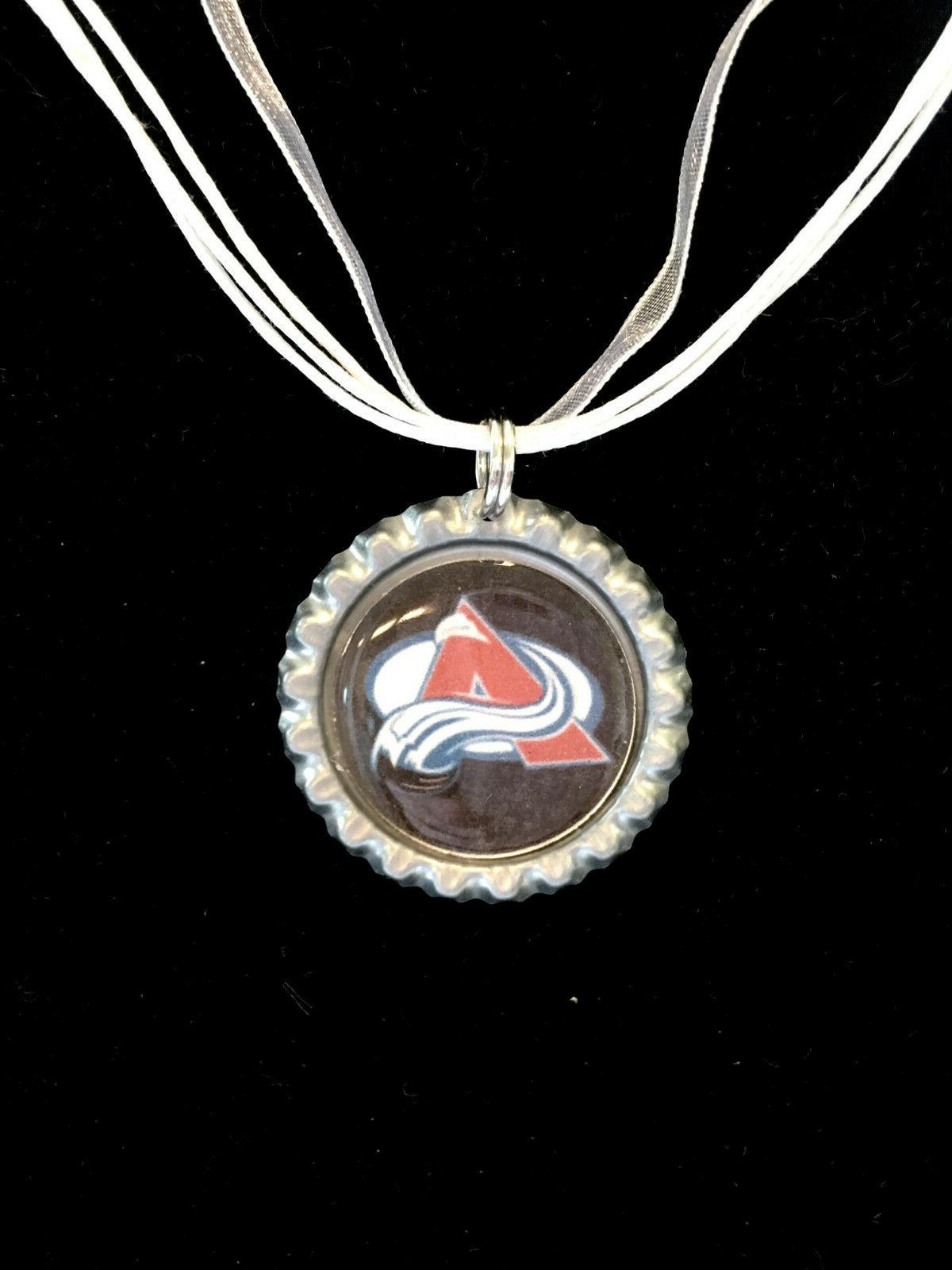 hockey fans colorado avalanche hockey necklace